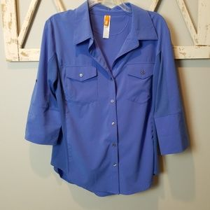 Lucy fly away button down shirt Large convertible